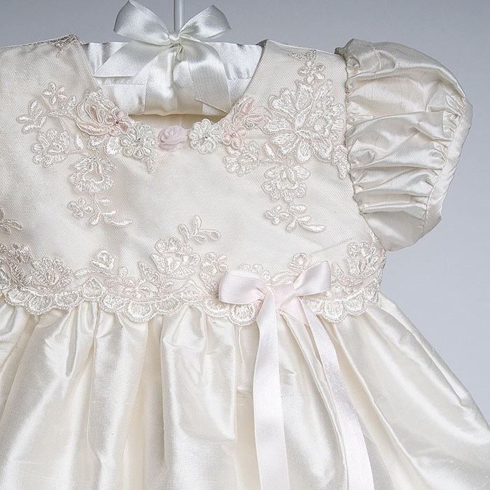 dda1e3acb Hot Sale new knee length white and lace baby girl baptism dresses ...