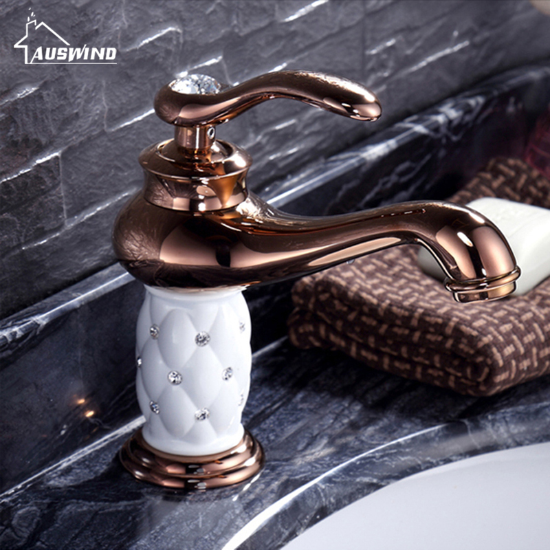 цена на Basin Faucet Cold And Hot Water Tap Sink Basin Bathroom Hand European Copper Rose Gold Crystal Diamond Ceramic Tap Au2834
