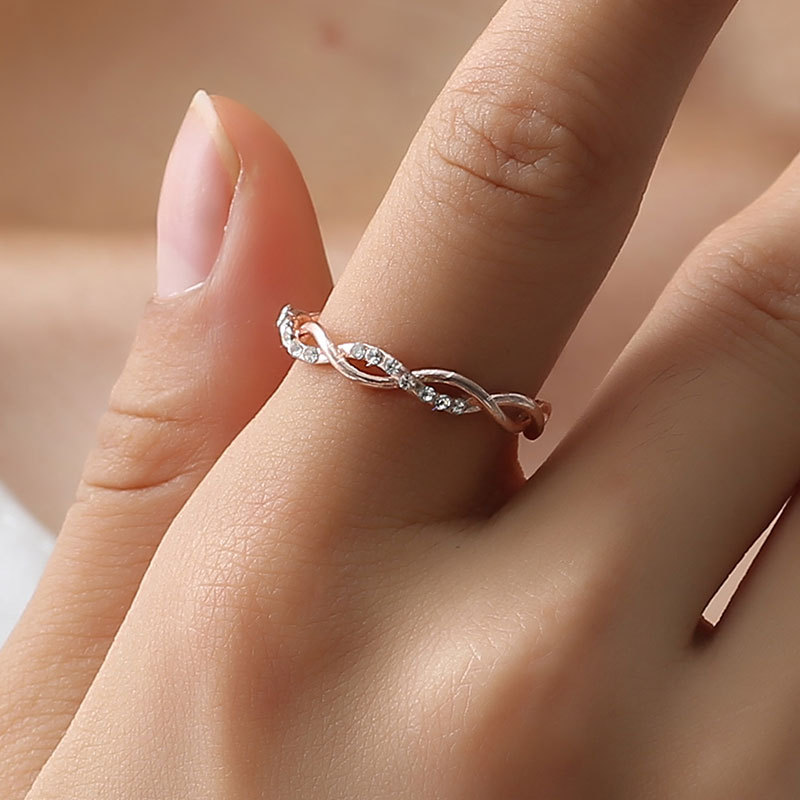 High Quality 2018 New Women Gold Twisted Shape Engagement Ring Stacking Matching Band Anniversary Ring Romantic Rings Size 6-10 engagement ring