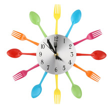 цена на Modern Creative Wall Clock Sliver Cutlery Clocks Spoon Fork Wall Mount Clock Mechanism Design Home Kitchen Decor Accessory