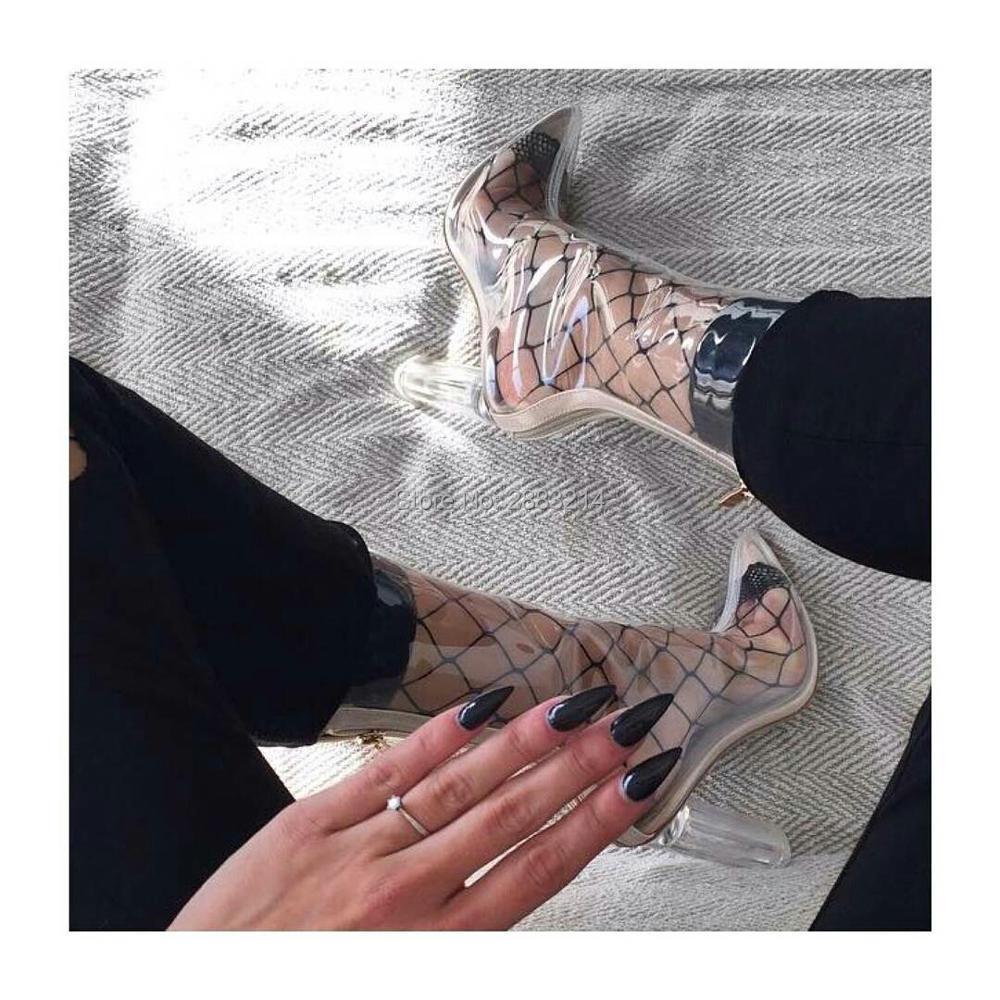fb05e387f263 Celebrity Noir Voir À Travers PVC Courtes Femmes Bottes En Plastique Clair  Bottes Point Toe Bloc Talons Effacer Haut Talons Haut Qualité dans Bottines  de ...