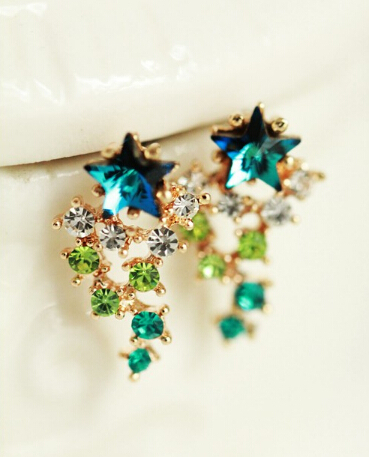 Fashion wild pentagram earrings Exaggerated Luxury Five Star Zircon Colorful Crystal Meteor Shower