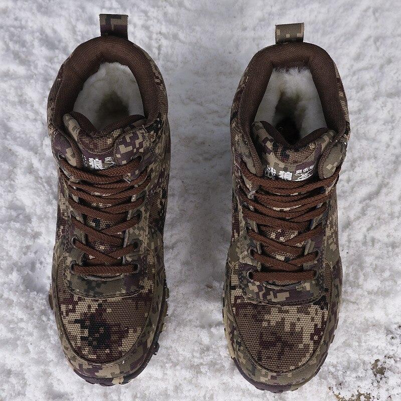 Neige Chaud Naturel Laine Chaussures Qualité 1 Militaire D hiver Bottes  Armée De Hommes Cheville Épais ... f9ca648afb95