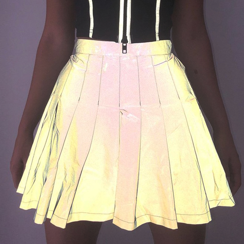 Fashion New Reflective Skirt Women Pleated Mini Skirts High Waist Back Zipper Night Glowing Shiny Skater Skirts Sliver Green