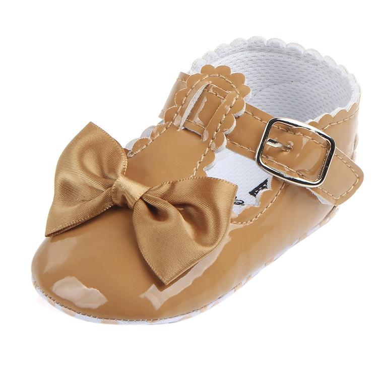 Купить с кэшбэком Baby Prewalker Shoes PU Newborn Fashion Autumn Baby Girl Shoes PU Flowers First Walker