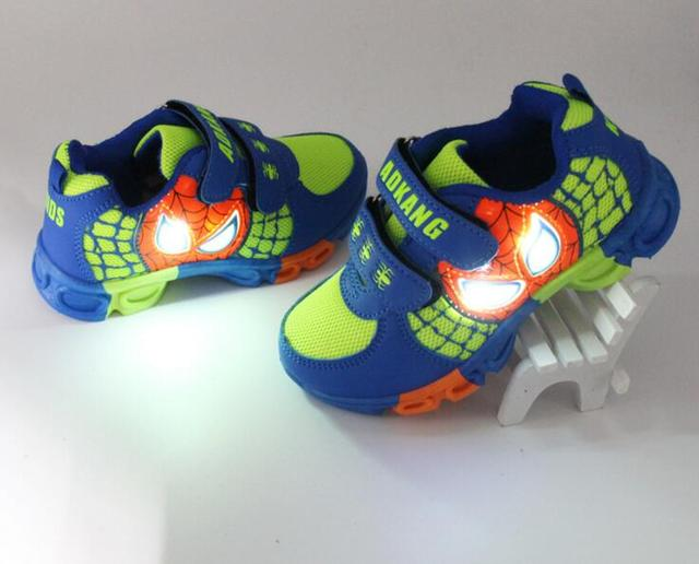 2016 NEW Children Light Up Sneakers Kids LED Luminous Shoes baby shoes girl boys  Sneakers