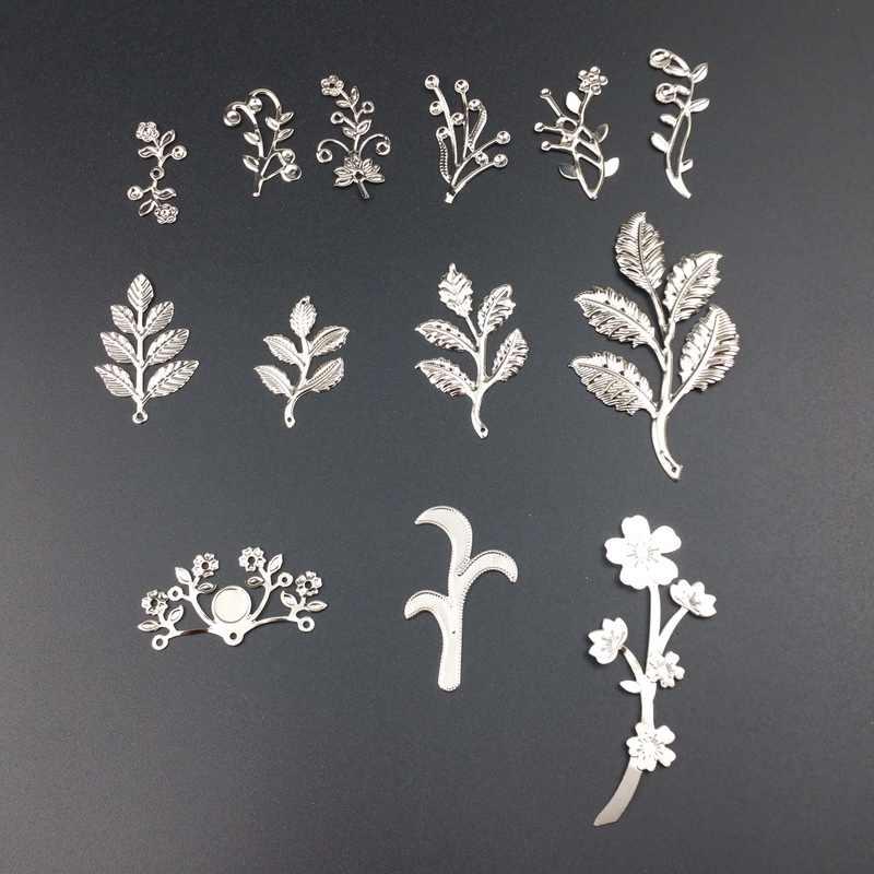 20 ชิ้น/ล็อตโลหะ Filigree ดอกไม้สาขา Slice Charms ฐานการตั้งค่าเครื่องประดับ DIY ส่วนประกอบ