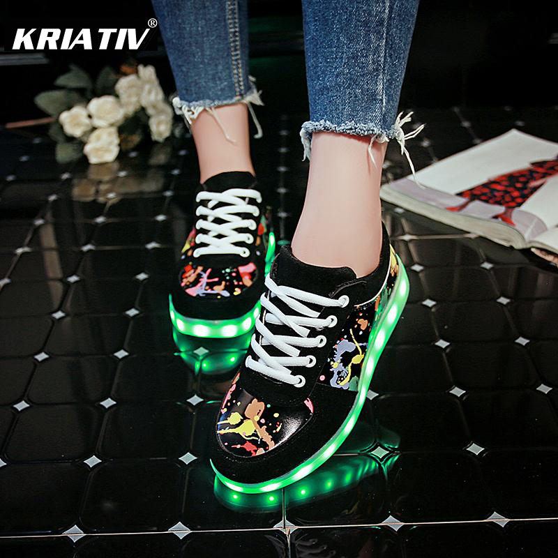 KRIATIV Tofflor Led Usb Kids Ljusa skor Ledande flicka skor Spädbarn Tenis Simulering Tofflor gör med Lights Up Luminous Sneakers