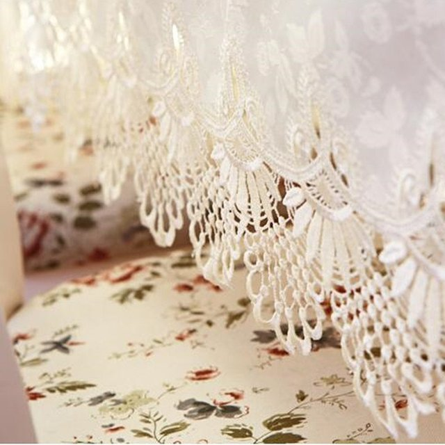 FADFAY Off White Table Cloth Round Lace Tablecloth Jacquard Table Overlays  For Dinning