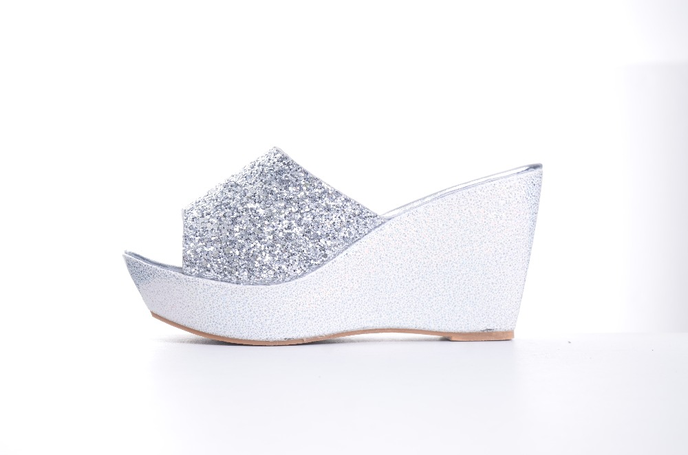 4ae626155a7b76 HEE GRAND Women Slippers Bling Bling Glitter Platform Wedge Slides ...