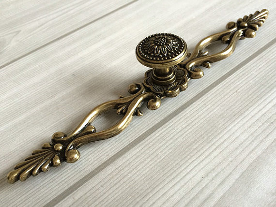6 3 Large Drawer Pulls Handles Antique Bronze Sunflower Rustic Kitchen Cabinet Hardware Handle Pull S Back Plate 160 Mm In From Home