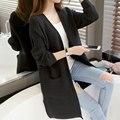 Cardigan Primavera 2017 Moda das Mulheres novas Com Decote Em V da Longo-luva Sólidos Solto Médio-longo de Malha Cardigan Outerwear Fina feminino