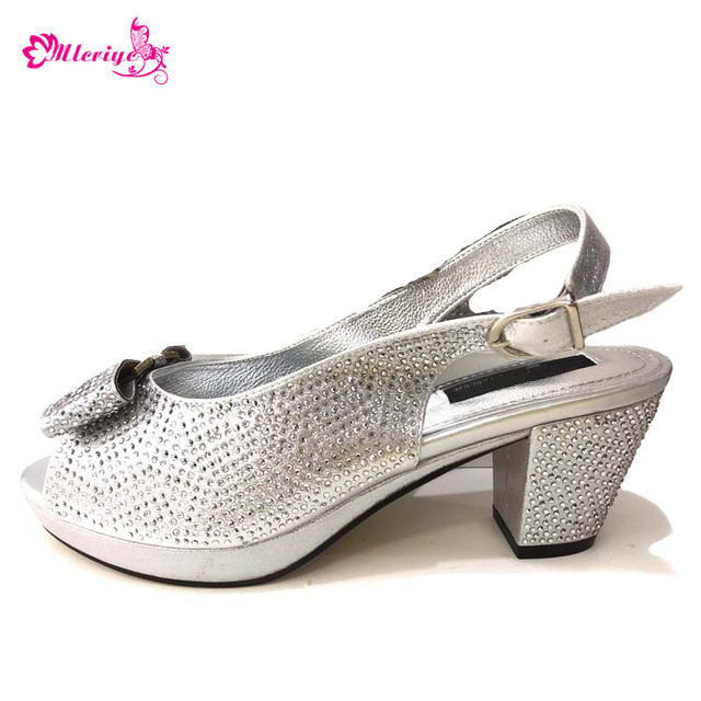 Latest Sliver Color African Pumps Shoe Summer Low Heels Italy Women Wedding  Shoes Rhinestone Elegant Women Summer Slipper Shoes f918522e5164