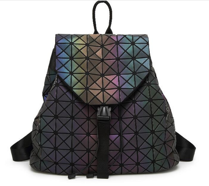Biseafairy Luminous Backpack Diamond Lattice Bag Travel Geometric Women Fashion Bag Teenage Girl School Noctilucent Backpack 11