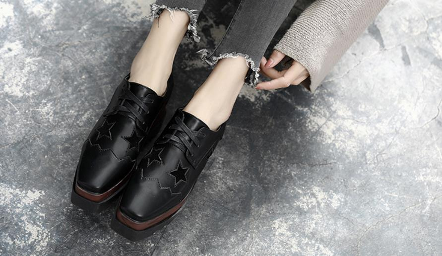 Autumn and winter new square head hundred tie belt plus velvet British womens shoesAutumn and winter new square head hundred tie belt plus velvet British womens shoes
