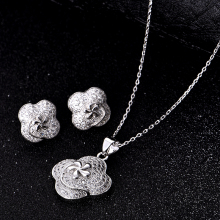 HIBRIDE Luxury Design Hot Sale Flower Shape Pendant Necklace White Gold Color Austrian Zirconia Jewelry Sets Women Gift N-148