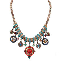 Colorful Bohemia Vintage Women Statement Necklace Resin Stone&Beads Fashion Jewelry Lady Round Shape Collier Accessories 45CM цена