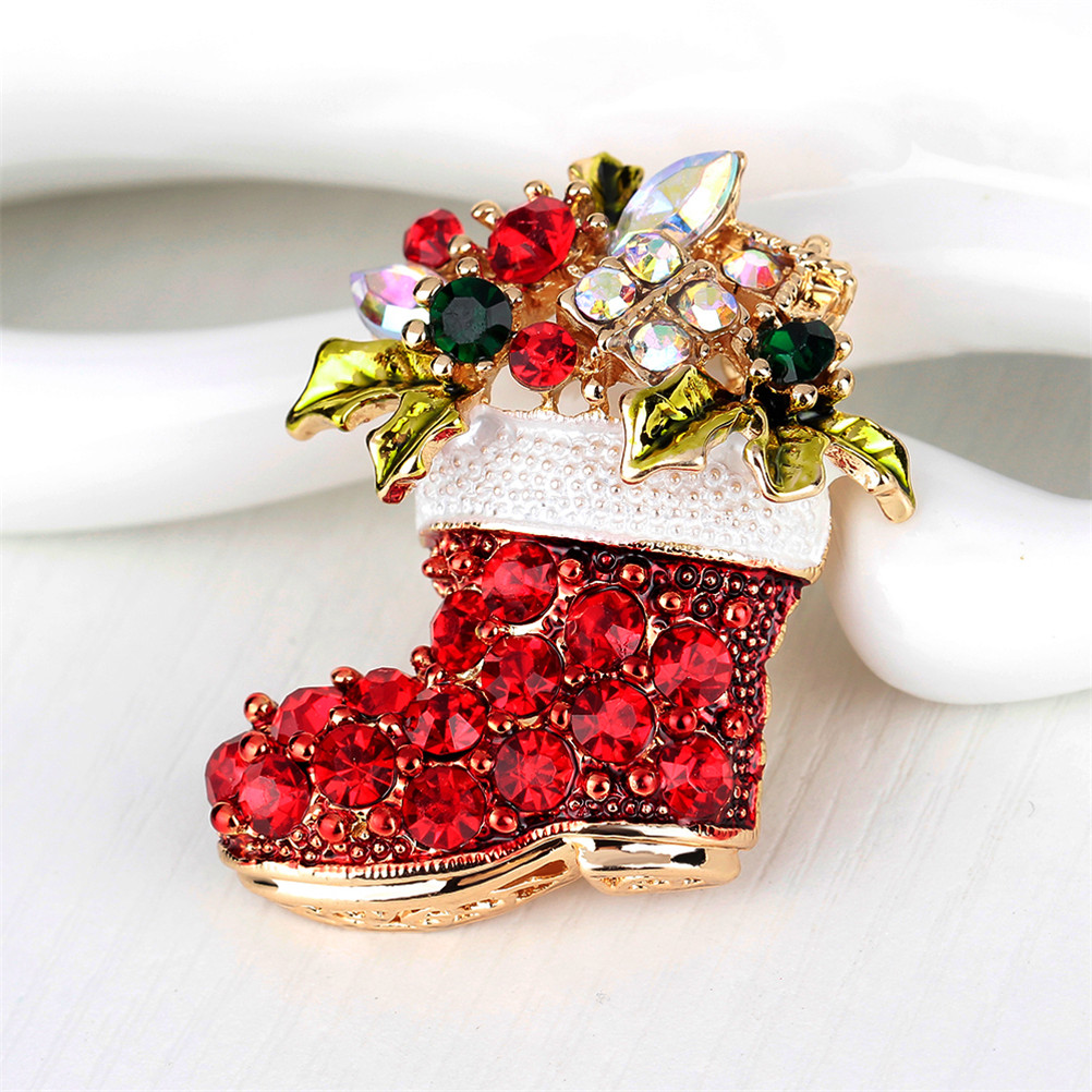 Red Shoes Brooches For Women Vintage Female Red Boots Brooches Pins Fashion Zinc Alloy Rhinestone Brooch Gift