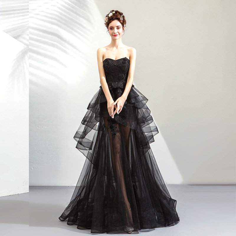 2019 New Young Mom Elegant Sweet Black Beaded Sleeveless Long Banquet Wedding Dress2019 New Young Mom Elegant Sweet Black Beaded Sleeveless Long Banquet Wedding Dress