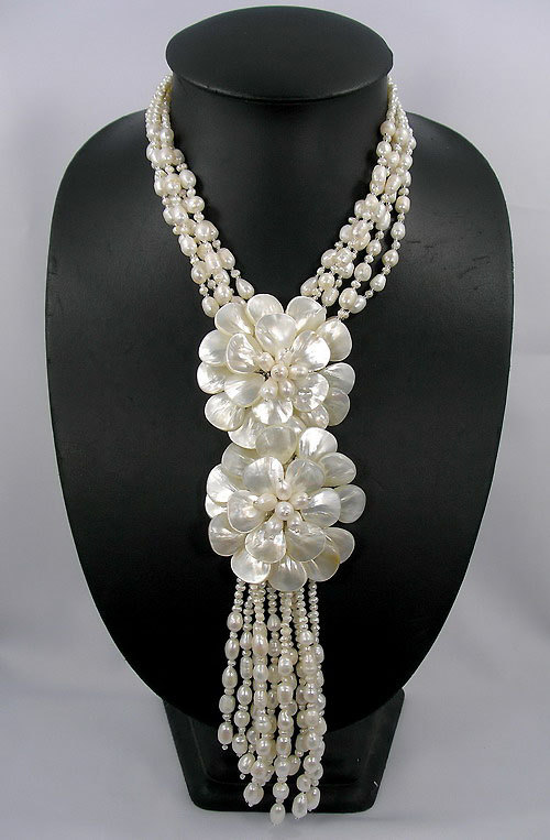 birthday,bridesmaid gift,Beaded,Beaded Jewelry,Pearl Freshwater Pearl,MOP Shell Wired Flower Necklace недорго, оригинальная цена