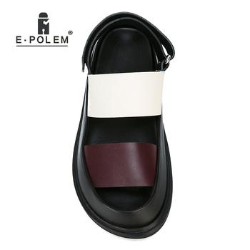Moda letnie oryginalne skórzane męskie sandały rzym Gladiator męskie sandały na co dzień platformy wysokiej jakości tanie i dobre opinie Dla dorosłych Prawdziwej skóry Skóra bydlęca Hook loop RUBBER Skóra licowa NONE Stałe LEISURE Pasuje prawda na wymiar weź swój normalny rozmiar