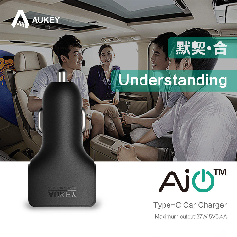 AUKEY AIPower Car phone Charger with Type-C cable (1)