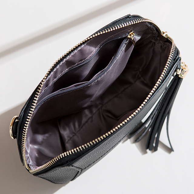 Chain Strap Shell Messenger Bag