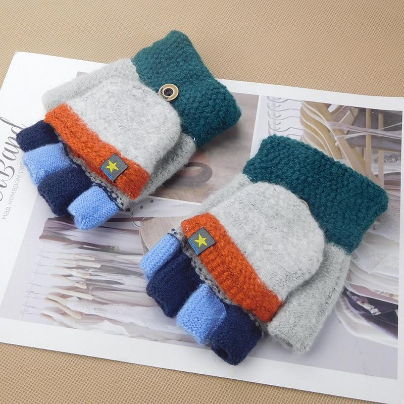 Winter Children's Warm Gloves Pentagram Sticker 5-10-year-old Pupils Flip Color Writing Half-finger Gloves