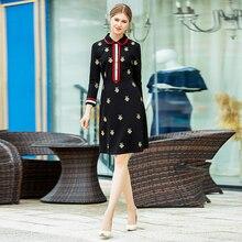 Подиум Дизайнер Высокое качество осень новые женские модные вечерние, сексуальные винтажные элегантные шикарные с вышивкой пчелы черное платье с длинным рукавом