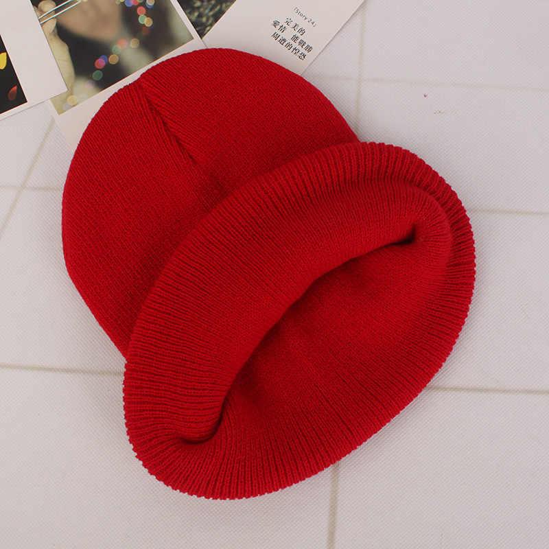 DIY osobowość projekt własne logo jesień zima jednolity kolor czapki z dzianiny Skullies czapki typu beanie dla mężczyzn kobiet zespół marka dostosować czapki