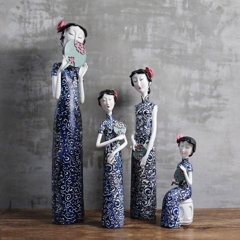Style chinois résine classique dame Figurines bleu et blanc porcelaine Cheongsam dame Miniatures ornement salon décor cadeaux