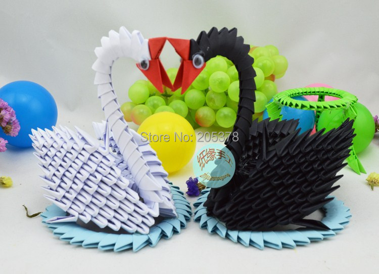 instructables — Modular Origami Winged Swam from 181 Pieces 3D... | 542x750