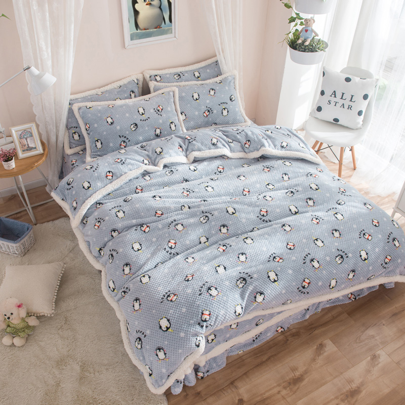 Winter cartoon cat Print 4Pcs Queen Twin size bedding sets Fleece fabric Duvet Cover+Bed sheet+Pillowcase colchas para camaWinter cartoon cat Print 4Pcs Queen Twin size bedding sets Fleece fabric Duvet Cover+Bed sheet+Pillowcase colchas para cama