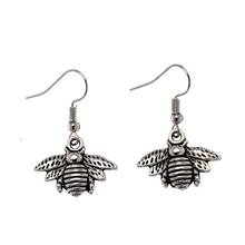 1Pair Antique Silver Alloy Small Lovely Bee Earrings For Women Handmade Insect Dangle Earrings  Jewelry Fashion Ne324