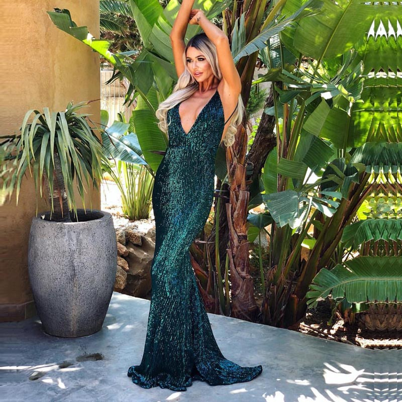 2018 Sexy Shiny Green Sequin Party Dress Padded V Neck Open Back Full Lining Dress Stretch