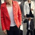 2017 Nueva Moda Tachonado Hombres Biker Jacket Rojo Blanco Negro de La Motocicleta Punk Rock Chaqueta de Cuero Para Los Hombres de Alta Calidad de LA PU