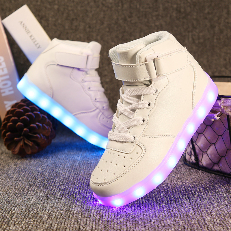 LED Shoes Children Luminous Sneakers Unisex Kids Trainers Meisjes Schoenen Rubber Soft Bottom Children Sneakers 60Z109 with lighted up sport shoes girl breathable running sneakers children for chaussure kids fashion schoenen leather led basket