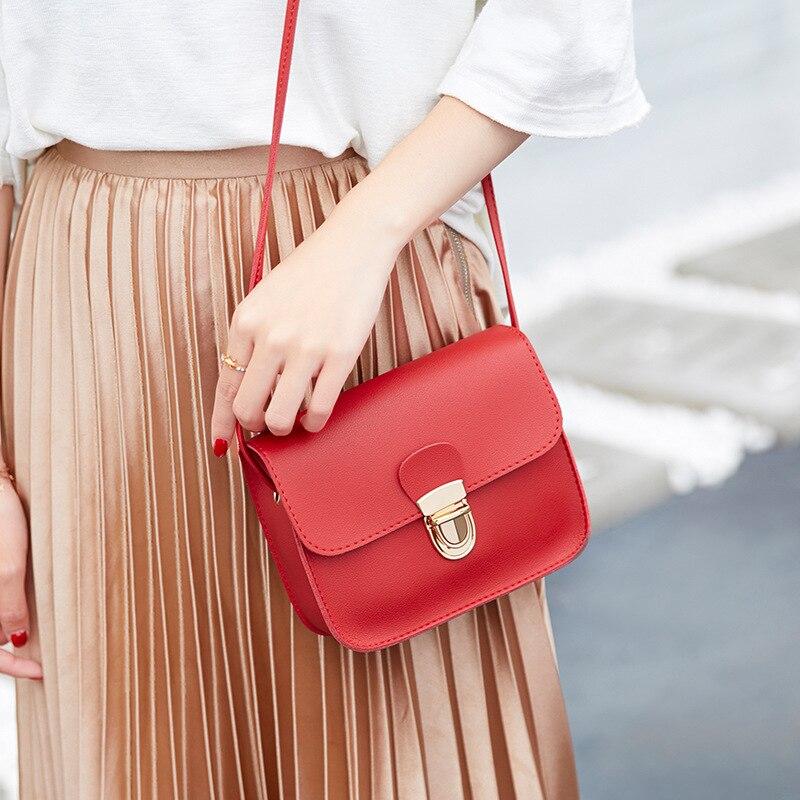 Femmes sacs de messager femme sac 2019 marques célèbres femmes mode couleur unie couverture serrure épaule bandoulière téléphone sac de plage sac