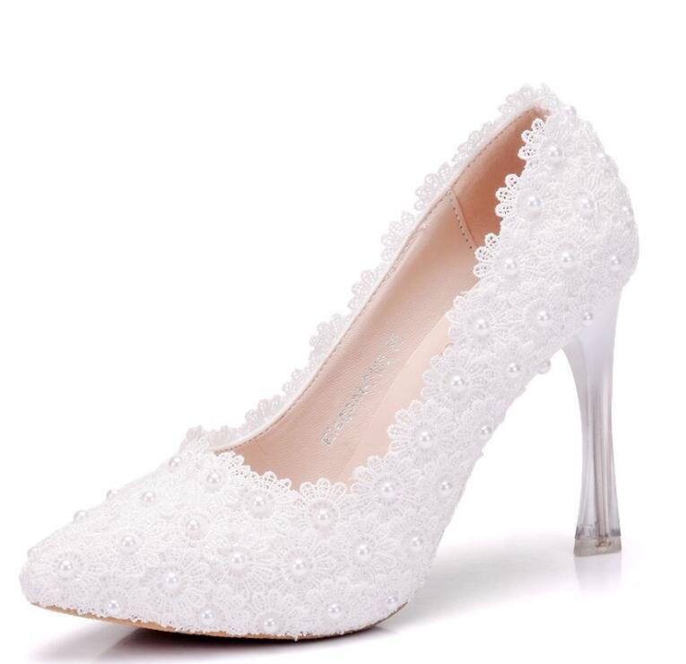 여자의 결혼식 신발 2019 새로운오고! 화이트 컬러 라운드 발가락 플랫폼에 미끄러 져 신부 화이트 레이스 웨딩 신발-에서하이힐부터 신발 의  그룹 1