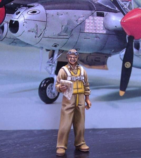 pre order-Resin toys  L4803 WWII US Pilot  Richard Ira Bong Free shipping prodromou luke cowan audrey elliot richard flash on english pre intermediate sb