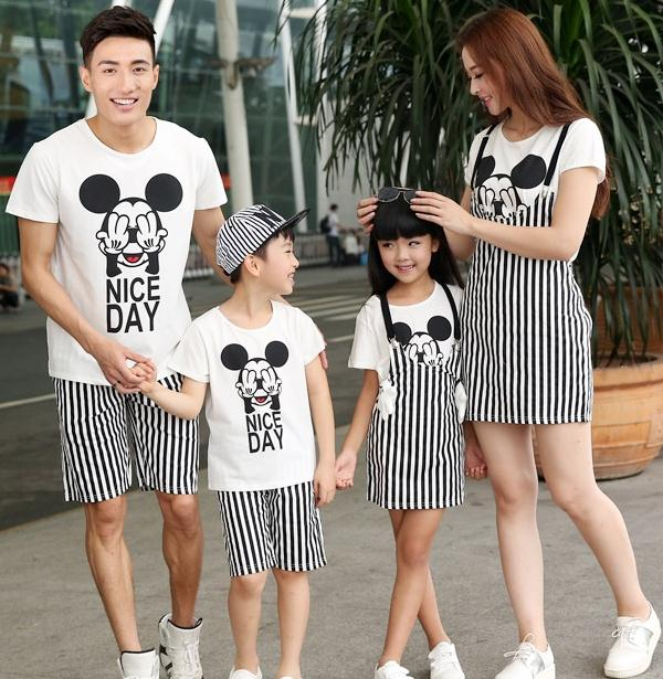 New Summer Family outfits Cartoon striped Mickey woman girls man Boys sets  t shirt+ pants Family sets 0a1cf083a