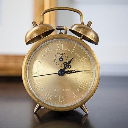 Rame Orologeria Macchine In Metallo Alarm Clock 3 Pollici Metallo Doppia Campana Retrò Europeo High-end Classico Meccanico Servizio
