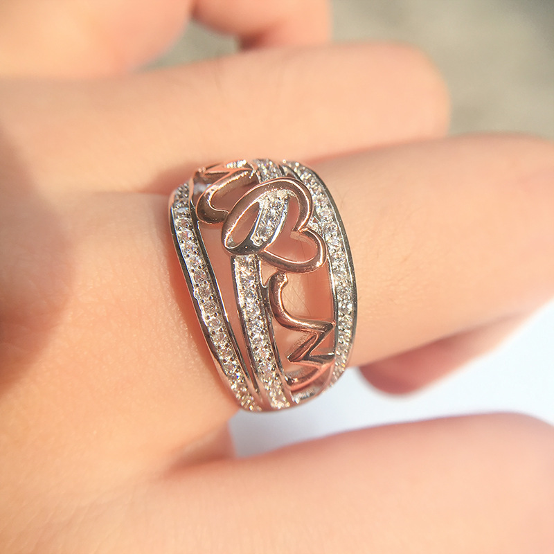 Best Price Women Rings Jewelry Accessories Love Mom Rings Fine Body Jewellery Fashion Heart Ring Mother Day Gift Metal Ring