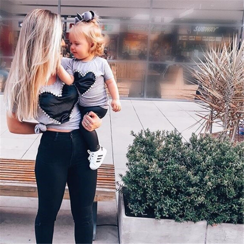 Family Matching Clothes Mother Daughter T Shirts Heart Shape T-shirt Women Tops Baby Girl Clothes Kids T-shirts Matching Outfits