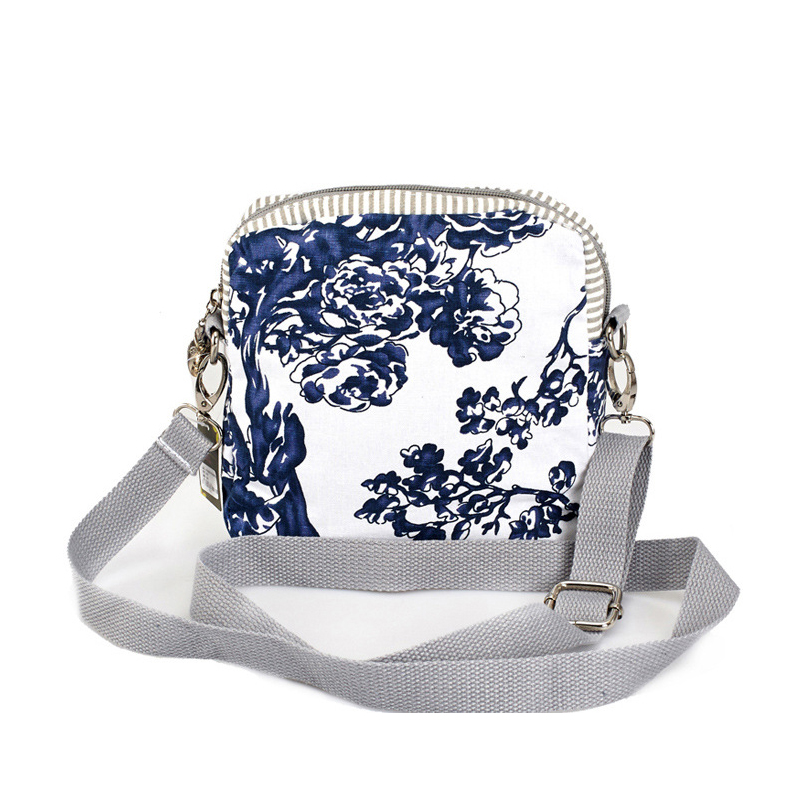 Women Flap Bags 2017 Fresh Style Cotton Printing Shoulder Bag Ladies Mini  Messenger Bags Female Small Coin Purse Handbags Gifts-in Top-Handle Bags  from ... b3383e06cc90b