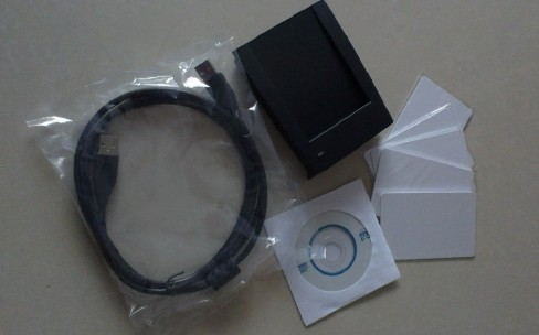 Rfid reader and writer 13.56Mhz accord with ISO 14443 A/B/ISO15693 with 2 CARDS + USB + SDK