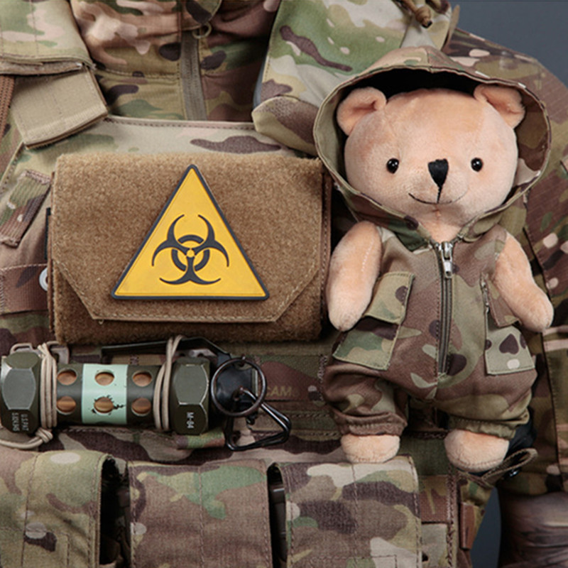 Army Fans Bag Vest Clothes Hanging Accessory Tactical Bear Hunting Training Tactics Accessories Portable Detachable Camo Bear