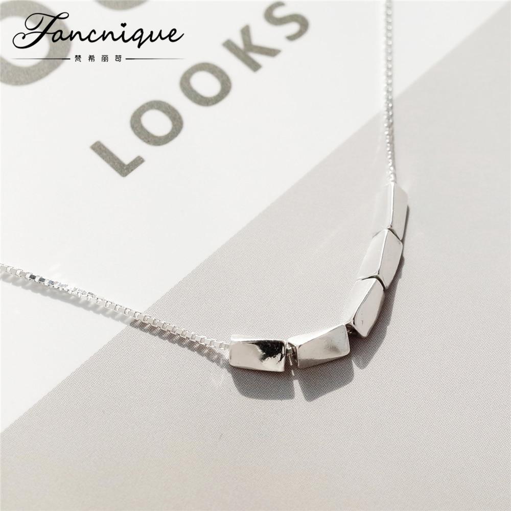 0fe0c2df7fd2 El más nuevo diseño 925 plata esterlina minimalista triángulo piedra collar  mujeres bastante joyería