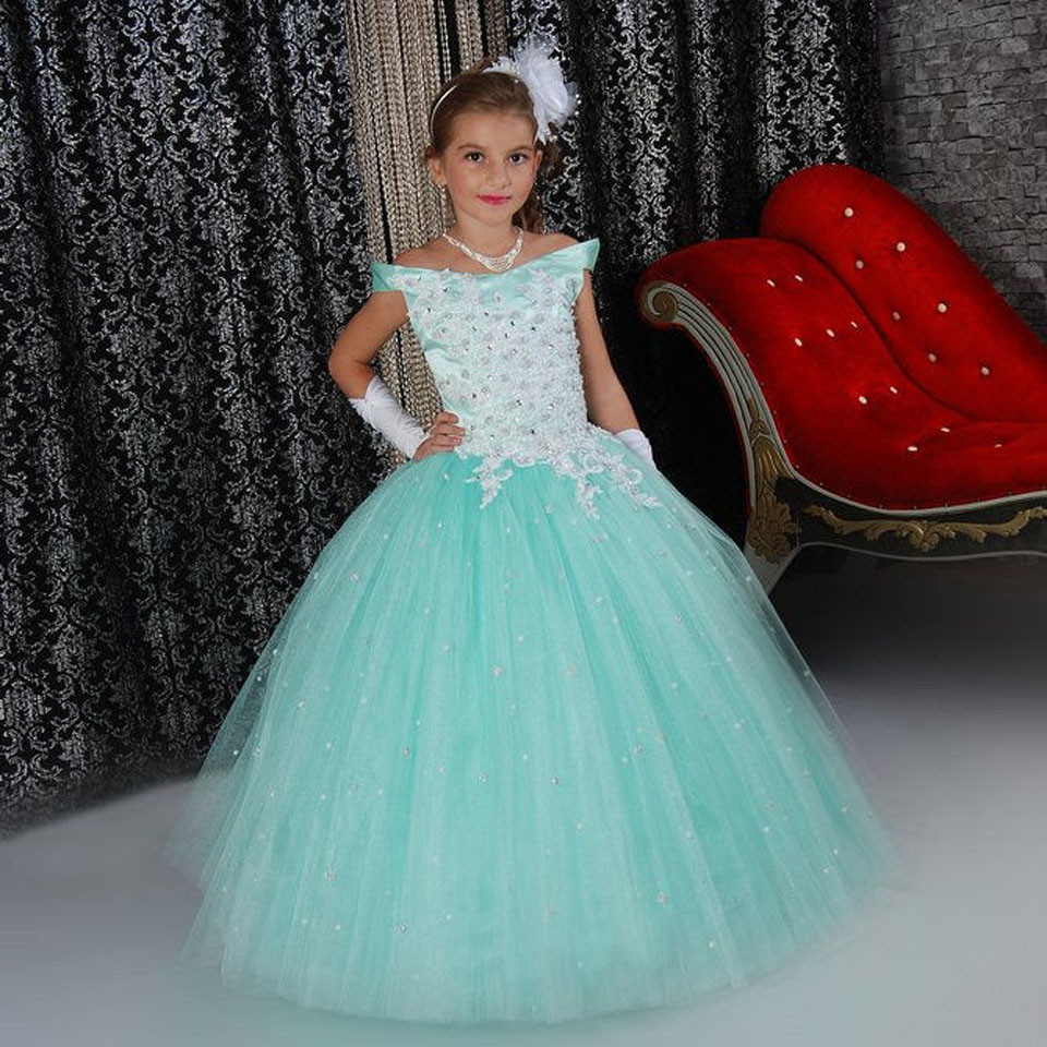 все цены на Luxury Princess Dress Off Shoulder Flower Girls Dress Sequins Beading Lace Up Ruffle Little Girl Glitz Pageant Tulle Ball Gowns