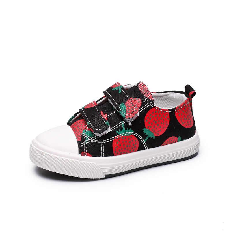 เด็กรองเท้าเด็กรองเท้าผ้าใบเด็ก 2019 ฤดูใบไม้ผลิฤดูใบไม้ร่วงรองเท้าสตรอเบอร์รี่พิมพ์รองเท้าเด็กสบายๆรองเท้าผ้าใบ